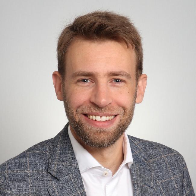 Dr. Philip Bußmann